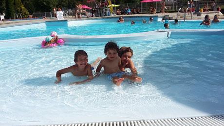 piscine à proximité du camping cap pyrénées, camping dans les hautes-pyrénées, val d'azun proche d'argelès-gazost