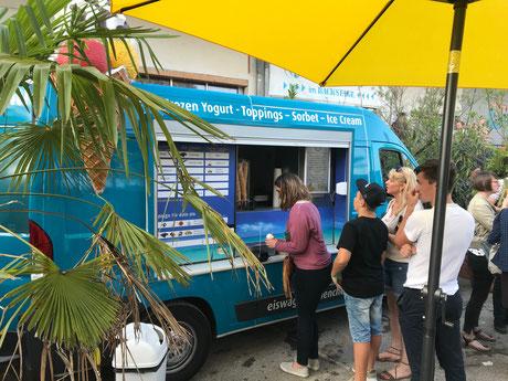 Eiswagen München ,  Eismobil München, Eiswagen mieten München, EIS-Deluxe München, Foodtruck