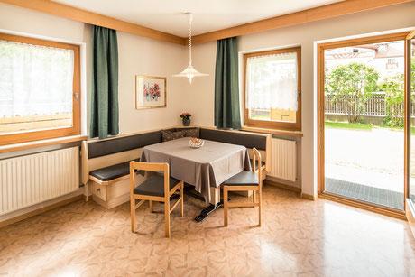 apartment living room - Garni Hotel Clara B&B Riscone Kronplatz Dolomites