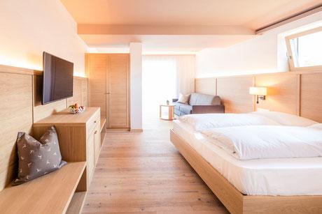room Alpin Superior - Garni Hotel Clara B&B Riscone Kronplatz Dolomites