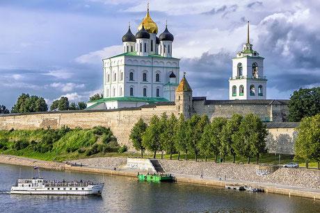 Псковский кремль, Троицкий собор