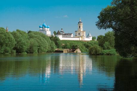 Высоцкий мужской монастырь г. Серпухов.