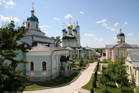 Введенский ставропигиальный мужской монастырь Оптина Пустынь