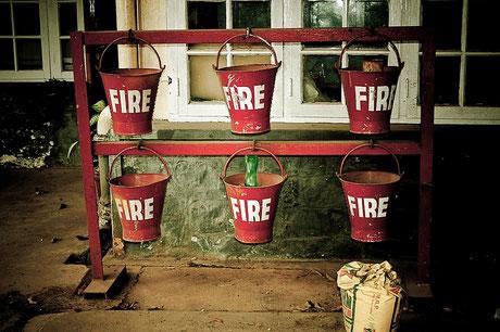 Brandschutz Feuerschutz Wartung, Feuerlöscherprüfung,  DÖKA Fachhändler