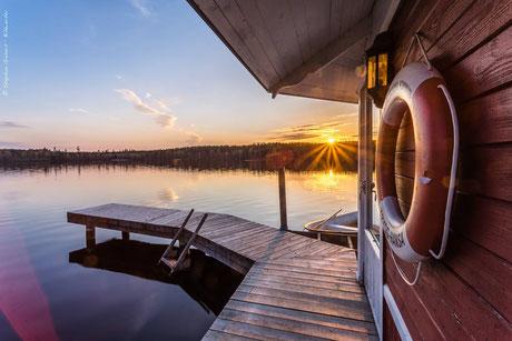 Sonnenaufgang am Jade-Weser-Port Wilhelmshaven
