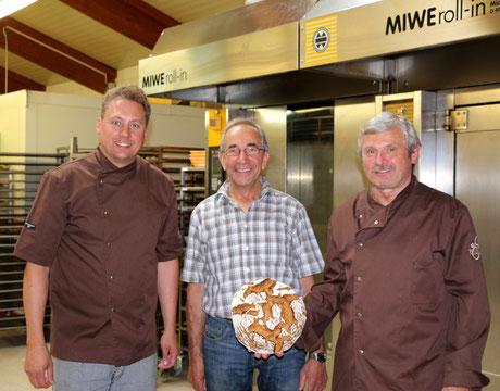 Bäckermeister Josef & Christian Polster mit Müllermeister Heinrich Wiesneth