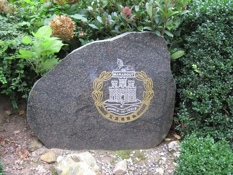 In 2010 a stone with the Dorset capbadge was placed a little further south from the restaurant on the Westerbouwing.