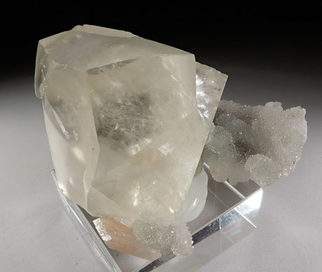 Gemmy Calcite
