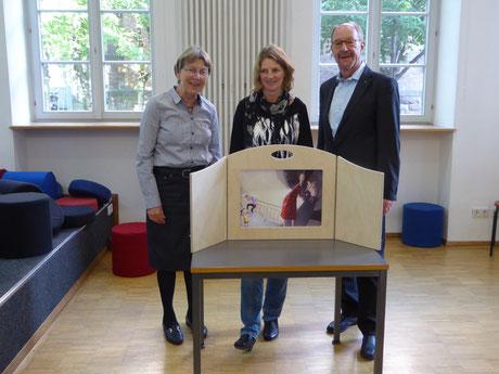 v.l.: Jutta Collmann, Ulrike Vetter u. Dr. Ulrich Gasser