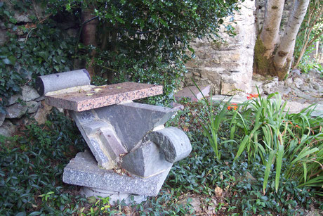 Décennie 2020 Sculpture granit (assemblage)
