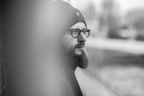 Portraitfotografie – Chris – Monochrome