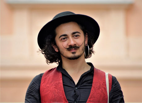 Su Di Me - The Gipsy Marionettist - Rasid Nikolic