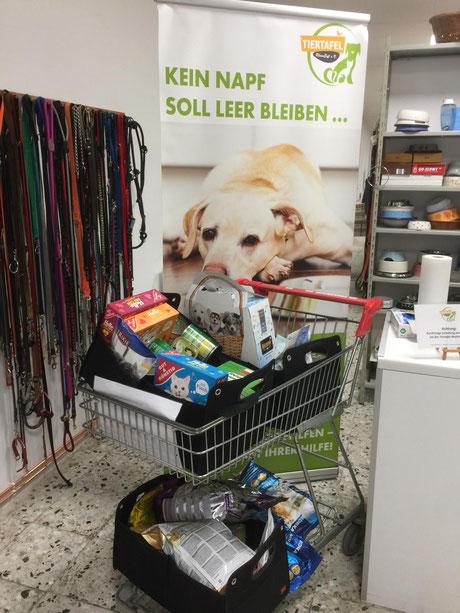 Spendenbox Edeka Glessen, Foto: Plück