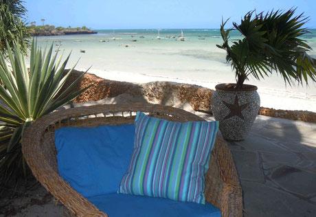 Unsere Strand-Terrasse.
