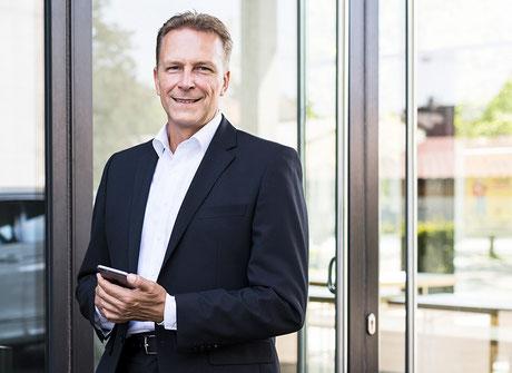 Online Verkaufstraining von Verkaufs-Experte Thomas Pelzl als APP oder Desktop