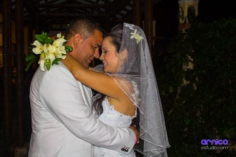 Fotografía para bodas en Villavicencio ArnicoEstudio.com