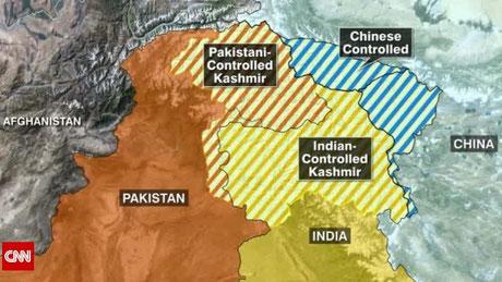 In dem derzeit von Indien verwalteten Teil Kashmirs, werden jeden Tag von den indischen Akteuren Menschenrechtsverletzungen begangen, einschließlich Hinrichtungen ohne Gerichtsverfahren usw..