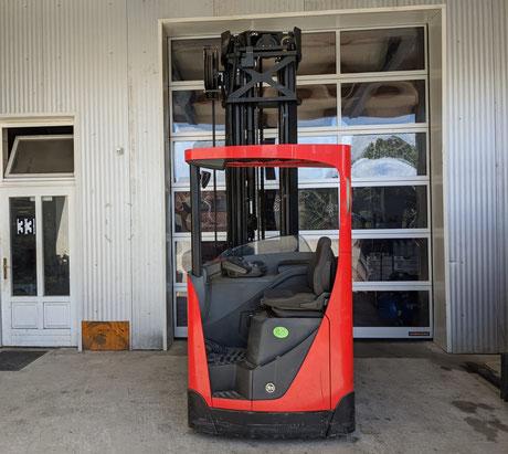 Toyota BT Reflex RRE140 Schubmaststapler mit Triplex-Mast und Seitenschub