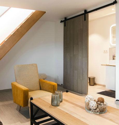 De cabriolait voor 2 personen dicht bij het centrum van Namen, alle comfort, groot bed, gemakkelijk parking, ingerichte keuken