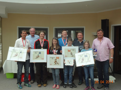 Klassensieger 2013/14 mit altem und neuem TSV- Referenten