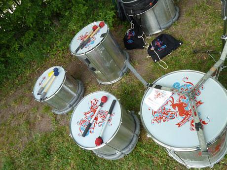 Sambapercussion Instrumente von Bateria Caliente