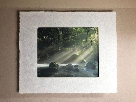 光を表現した写真と合う和紙ックフォトフレームです