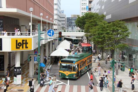 万代シテイバスまつり2016でのお披露目の様子(2016. 9.11)