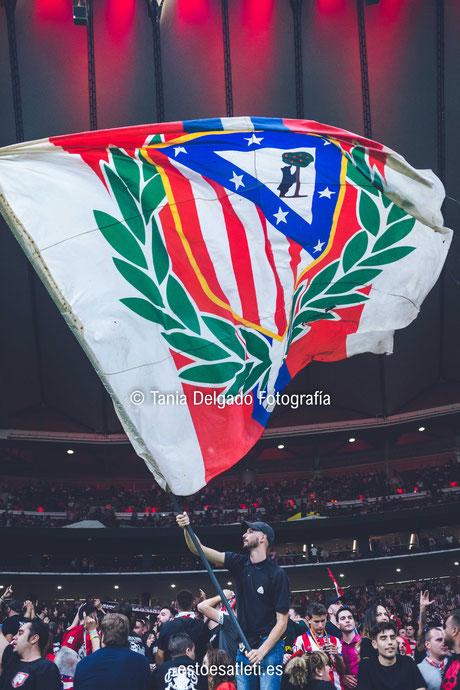 frente atletico, afición, atlético de madrid, fondo sur, metropolitano, el escudo no se toca
