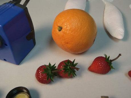 Ficticios Naranja y fresas