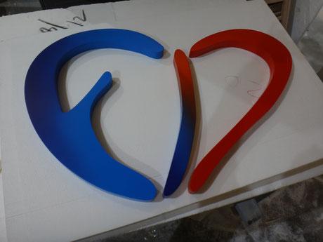 Logo PVC acabado aerografia , degradado