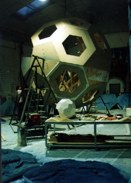 Icosahedro truncado gigante (5 metros diametro)