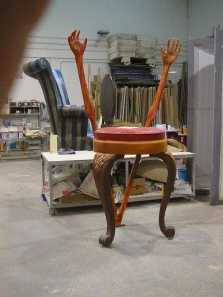 Muebles Gigantes para exposición, muebles que aparecen en cuadros famosos hechos tridimensionalidad