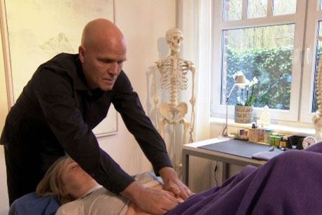 Behandlung - Praxis - Osteopathie - Mario Poppe - Carpe Diem - Prerow - Bio-Hotel