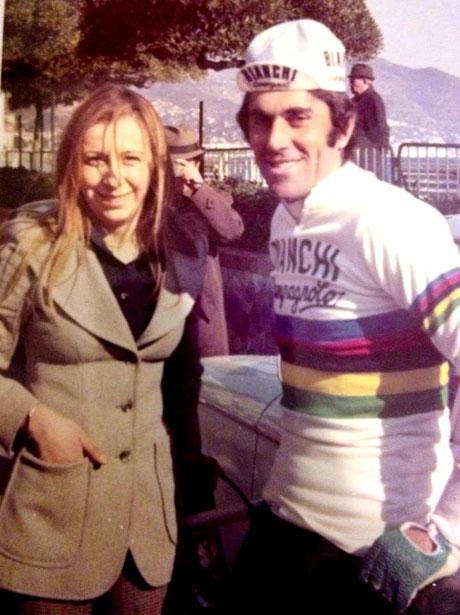 Foto courtesy: Paola Cola. Il campione del Mondo Marino Basso al via della 10° edizione del Trofeo Laigueglia con il numero 1.