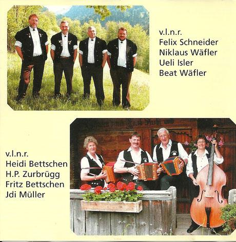 Innenseite vom CD-Cover 50 Jahre Jodlerklub Blüemlisalp Scharnachtal mit Fotos vom Jodelquartett Engelhore und Schwyzerörgeliquartett Arisgruess