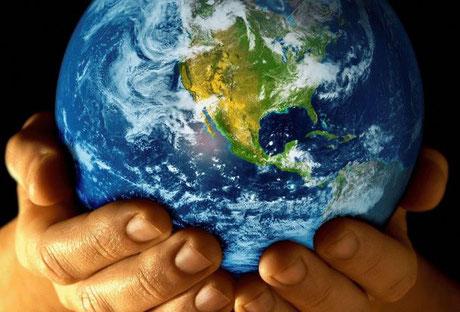 Jéhovah, le Créateur Tout-Puissant, a promis que la terre ne disparaîtra jamais et sera toujours habitée. Tu as établi notre terre sur de solides fondements pour qu'elle reste inébranlable à tout jamais.