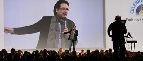 Plan B Entertainment GmbH Event- und Bühnenregie (Edgar P. Lehmann auf der Bühne)