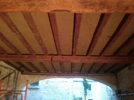 Restauration d'un plafond Normand avec enduit terre