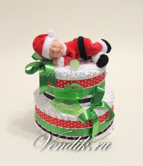 """Торт из памперсов  новогодний """" Малыш Санта """" с символом года - Лошадкой."""