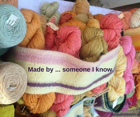 Mit Naturfarben selbst gefärbte Wolle.