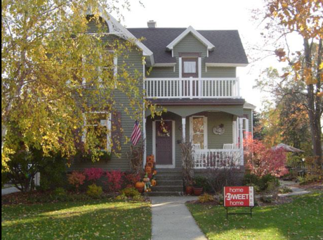 The home of Kevin and Michelle Karsten at 246 E. Central Ave. In Zeelandwas one of three chosen for November's Home Zweet Home Awards — Abby deRoo/Contributed