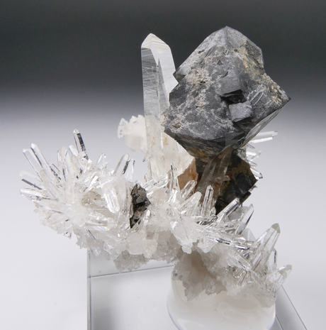 Scheelite from Peru