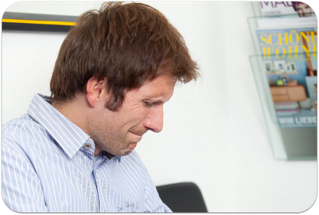 Parodontose beginnt oft schleichend und unbemerkt (© proDente e.V.)Dr. Udo Goedecke. Zahnarzt in Osnabrück