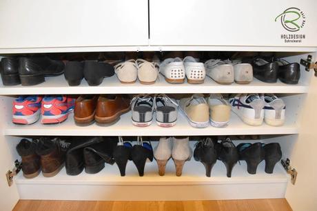 Einbauschrank Garderobe - Schuhschrank in weiß mit Einlegeböden