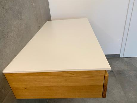 moderner wandhängender Schminktisch mit Schublade & strapazierfähige, weiße Aufsatzplatte