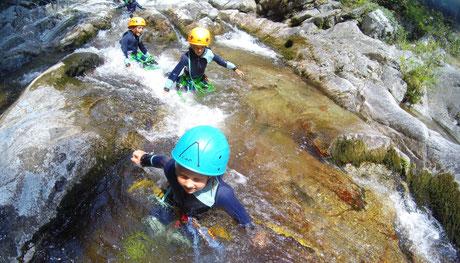 Canyon de Molitg les bains - Canyoning Pyrénées Orientales à partir de 6 ans