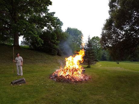 Visit Latvia, Latvian traditions, midsummer night, bonfire