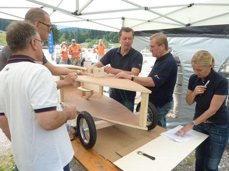 Seifenkisten bauen in Teams