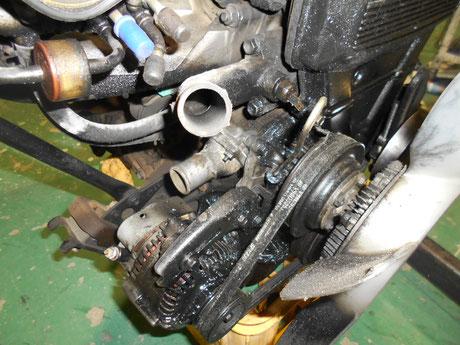AE86トレノ オイル漏れ