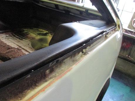 AE86トレノ クォーターガラス内側の錆